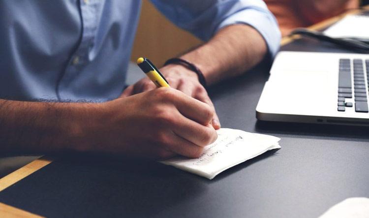 Préparer l'entretien d'embauche - Le Bloc Note
